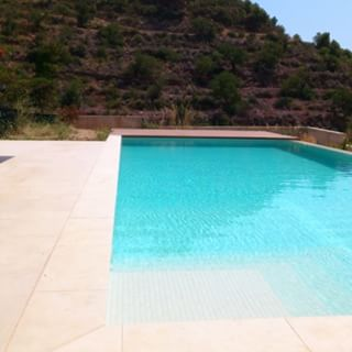 Construcci n de piscinas castell n precio piscina de obra for Precio piscina obra